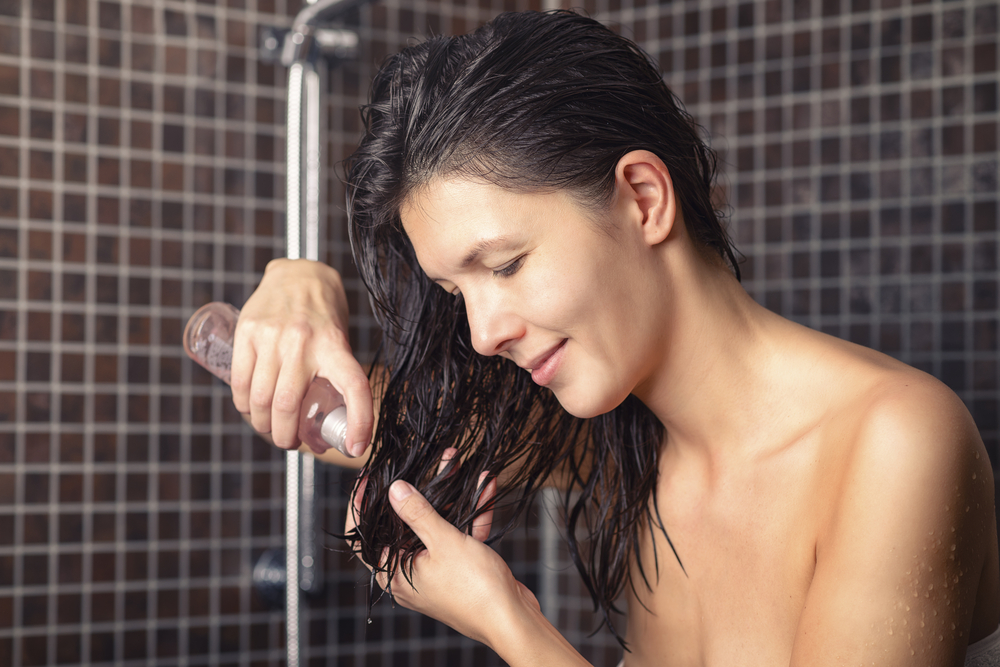 Hair oiling - discover the advantages of Asian hair care
