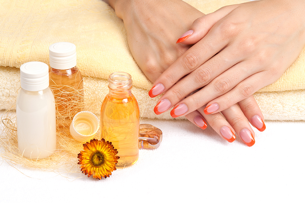 Oil Manicure: Natural Way of Getting Strong and Healthy Fingernails!