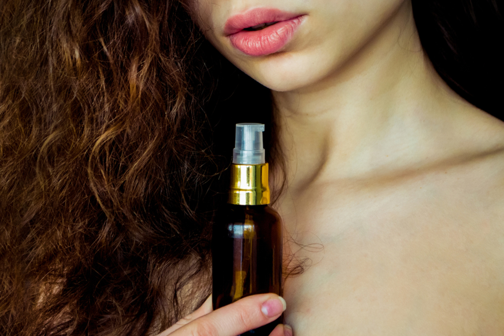 Beautiful hair right away - what is a hair serum and how does it work?
